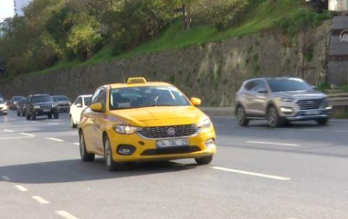 İstanbul'da yeni taksi tartışmaları   Video