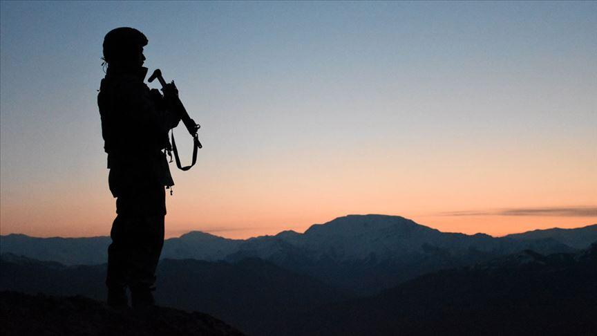 Son dakika… PKK'dan kaçan 4 terör örgütü mensubu teslim oldu