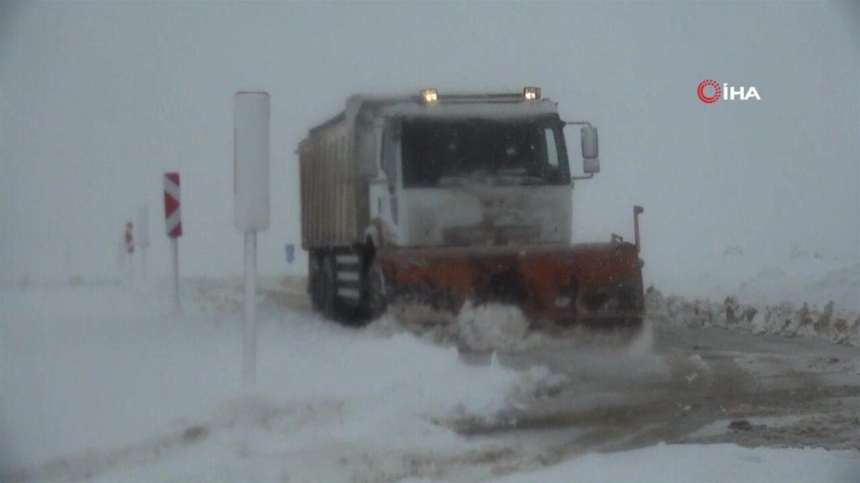 Doğu'da kar esareti | Video