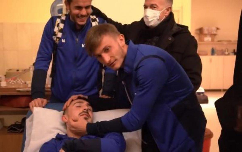 Trabzonspor Kulübü'nden birlik videosu. Takım arkadaşları Abdulkadir'i hastanede ziyaret etti