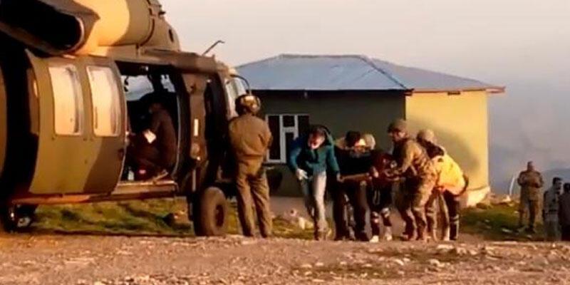 Hakkari'de ağır yaralanan çocuk Kara Kuvvetleri helikopteri ile hastaneye kaldırıldı