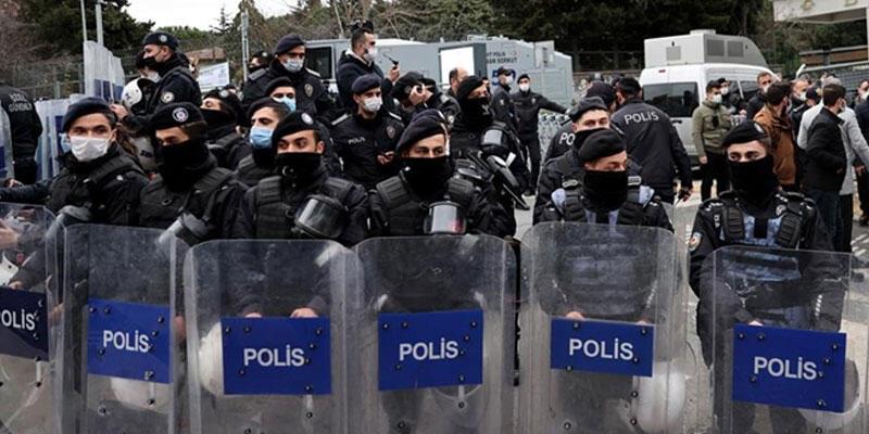 Kadıköy'de gözaltına alınan 61 şüpheliden 33'üne tutuklama talebi