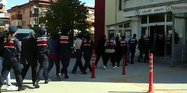 Sanal dolandırıcılık çetesi operasyonuna 11 tutuklama