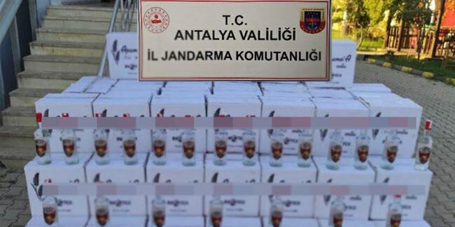 Antalya'da otelde 1800 litre sahte alkol ele geçirildi