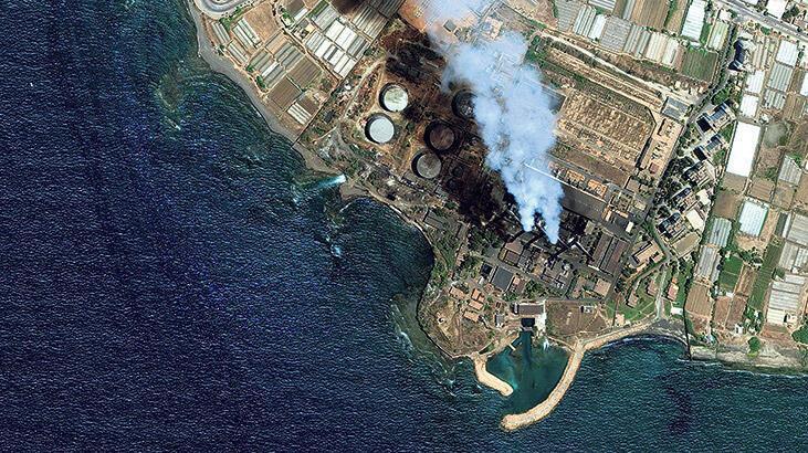 Akdeniz'e, Suriye'deki enerji santralinden 15 bin ton petrol karıştı
